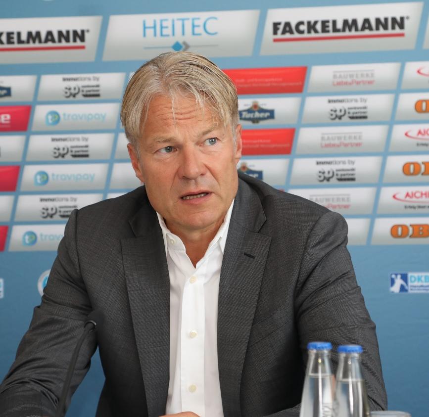 (Jocki_Foto, Erlangen): HC Erlangen, Dr. Bissel - weiter sportlich und wirtschaftlich gesund wachsen