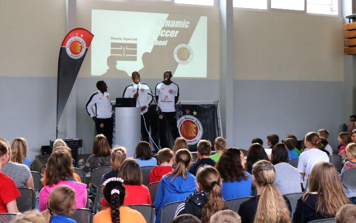 Fußball- und Werteprojekttag mit der Dynamic Soccer School