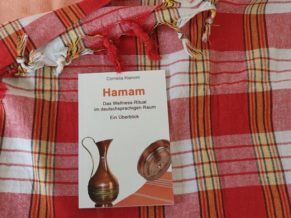 Ein neues Buch bietet einen Überblick zu Hamam-Angeboten in der Deutschland, Österreich und der Schweiz, zu Geschichte und Wirkung des türkischen Bades