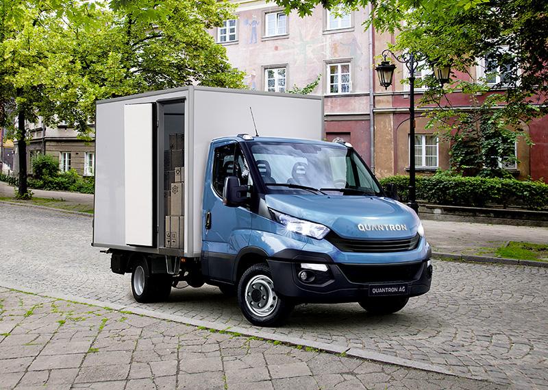 Im Transporter-Bereich geht die Quantron AG mit den Fahrzeugen auf Basis des IVECO Daily neue, emissionsreduzierte Wege.