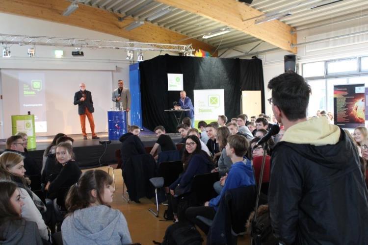 """Expertengespräch zur """"Sei eine Stimme""""-Ausstellung mit Prof. Pilz"""