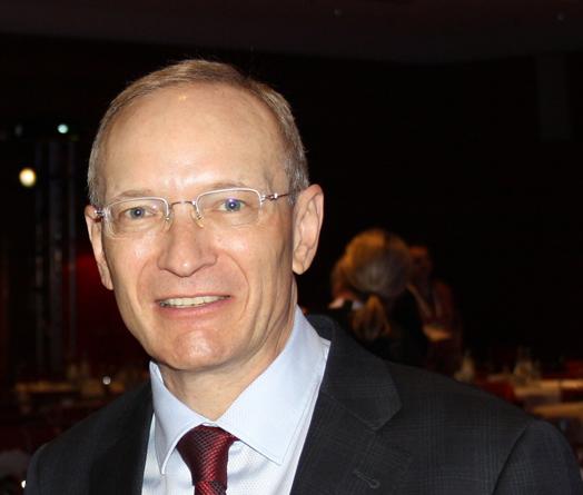 Mehr über den Werdegang von Dr. Spittler erfahren Sie unter www.stefan-spittler.com