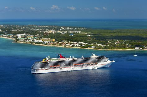 Auch die Carnival Pride bringt Hilfsgüter auf die Bahamas