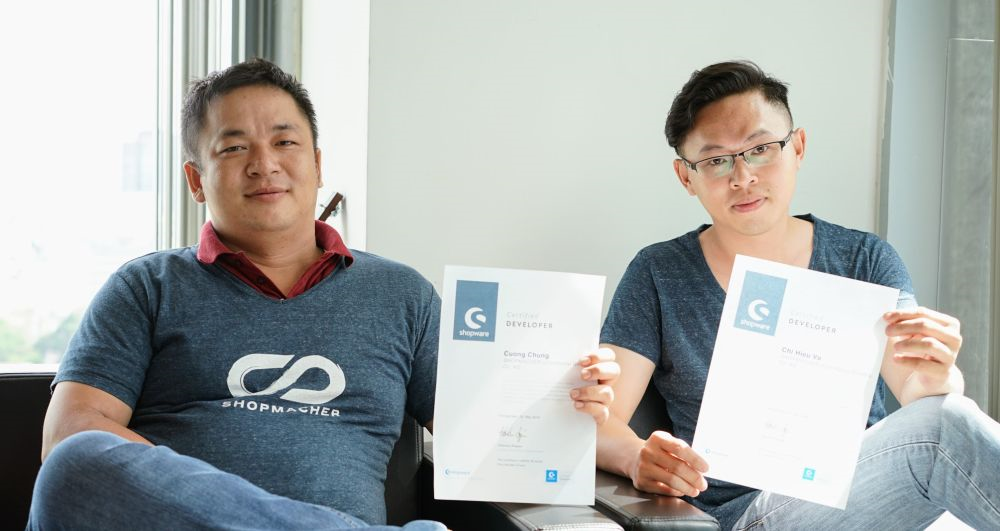 Die vietnamesischen SHOPMACHER präsentieren ihre Shopware-Zertifikate