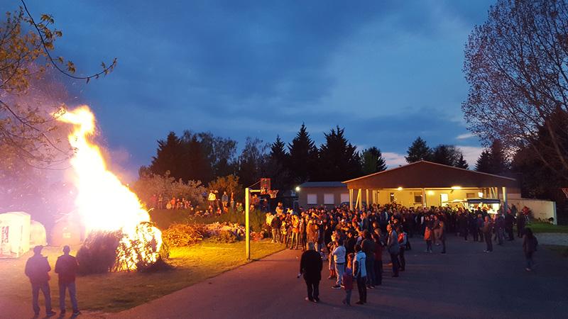 Walpurgisnacht mit Walpurgisfeuer und Live-Musik in Renneritz