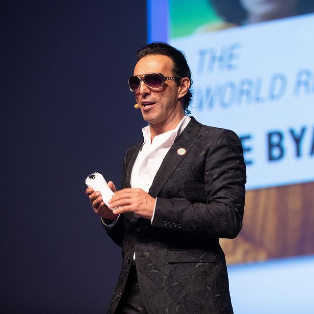 WellStar CEO Christian Wiesner präsentiert BYAS Hair Completer